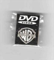 Superbe  Pin´s  Cinéma  DVD  VIDEO, W B  WARNER  HOME  VIDEO - Cinéma