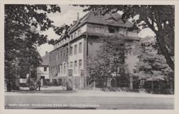 HALLE MEDIZINISCHE KLINIK DER UNIVERSITATSKLINIKEN - Halle (Saale)