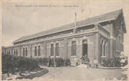 Dép. 62 - MAZINGARBE-LES-BREBIS. - Salle Des Fêtes Animée. - Autres Communes