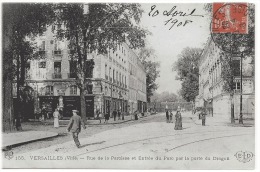 VERSAILLES - RUE DE LA PAROISSE ET ENTREE DU PARC PAR LA PORTE DU DRAGON - Versailles
