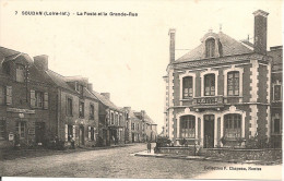 1912  . SOUDAN     ; LA  POSTE  ET  LA  GRANDE  RUE     Animee - Sonstige Gemeinden