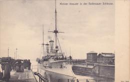 WARSHIP; Kleiner Kreuzer In Der Holtenauer Schleuse, 00-10s - Warships