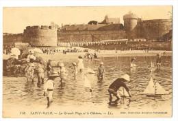 Cpa: 35 SAINT MALO Grande Plage (Jeux De Plage, Bateaux,Voiliers, Jouets) N° 116 - Saint Malo