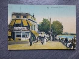 17 ROYAN Café Des Bains,  Belle  CP Ancienne Colorisée  ; Ref 133 - France