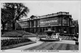 WOLVERHAMPTON   ST. PETER'S GARDENS AND ART GALLERY       (NUOVA) - Wolverhampton