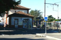 Gare De Muret , Haute-Garonne - Une Photo Reproduit Carte Postale  10x15 Cm. - Gares - Sans Trains