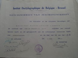 Institut DACTYLOGRAPHIQUE ( LAMMAR Marie-Louise ) Getuigschrift Machineschrift Anno 1957 ( Details Zie Foto ) ! - Diploma & School Reports
