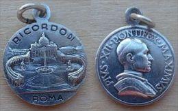Mada-702 Médaille Ancienne Pius XII Au Dos Gravé Ricordo Di Roma - Godsdienst & Esoterisme