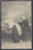 CPA 85 - Les Sables D´Olonne, Les Chaloupes Sont Halées Par Les Femmes - Sables D'Olonne