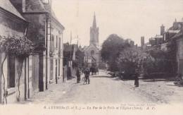 Luynes - La Rue De La Poële Et L'Eglise - Luynes