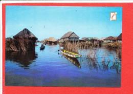 BENIN Cp Animée En Route Pour Ganvie                 Edit Sapec - Benin