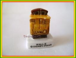 Wall-e ... Lot E 3 Feves...  Ref AFF : 33-2009 ...( Pan 0020 ) - Disney