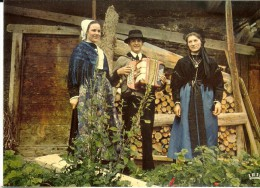 1573.Iris - Groupe Et Costumes D´Hauteluce - Beaufort
