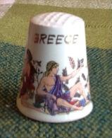 THIMBLES - DÉ À COUDRE  - GREECE - FEMME NUE - - Dés à Coudre