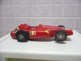 MARKLIN SPRINT MADE IN GERMANY FERRARI SUPERSQUALO 1956 SCALA 1/32 - Road Racing Sets