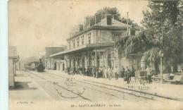 Belle  Cpa   -  Saint Maixent - La Gare , Animée              AD307 - Saint Maixent L'Ecole