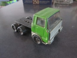 Joustra, Tracteur Semi Vert En Tôle (AA42) - Jouets Anciens
