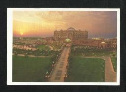 United Arab Emirates UAE Abu Dhabi Picture Postcard Majestic Building Sits View Card - Dubai