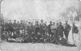 ***CPA Photo Groupe Militaire En Manoeuvre 6ème Hussards à La Pose - Maréchal Ferrant - Animée - Guerre 1914-18