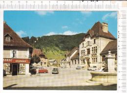 SAINT  PIERRE  DE  CHARTREUSE   -   La  Place -  Véhicules - Autres Communes