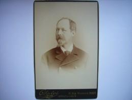 Photo CDV Cabinet Card De Philippe D'Orléans, Comte De Paris, Prétendant Au Trône De France - SUPERBE ! - Photos