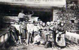 30 Autrefois LA VERNAREDE Compagnie Des Mines Groupe De Trieurs Et Trieuses, Carte Moderne,coll Medard - France