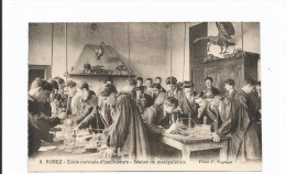 8.  RODEZ   -  Ecole Normale D'Instituteurs  -  Séance De Manipulation - Rodez