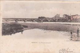 Cp , 42 , ROANNE , Le Pont De La Loire - Roanne