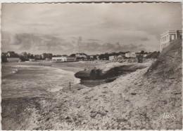 CPSM PONTAILLAC (Charente Maritime) - Vue De La Grande Plage - Altri Comuni