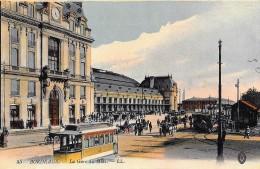BORDEAUX  (cpa 33)  La Gare Du Midi  - Carte Colorisée  L.L. - - Bordeaux