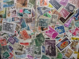 Worldwide Searcher Mixture (duplicates,mixed Condition) About 2,000 25% Commemoratives, 75% Definitives - Timbres