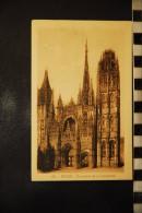 CP, 76, ROUEN Ensemble De La Cathedrale   N°139 Edition La Cigogne - Rouen