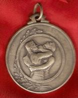 Plaque En Métal - 2 LUTTEURS - 1939 Belgique - Médaille De Lutte Libre - Apparel, Souvenirs & Other