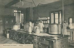 BELGIQUE HACHY / Pensionnat Saint-Joseph, La Cuisine / - Belgique