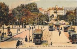 LYON - 69 -   CPA COLORISEE -   La Place Carnot, La Statue De La République Et La Station De TRAMWAY   - ENCH1202 - - Otros