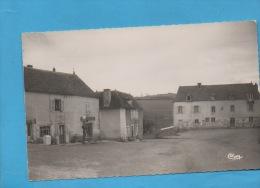 OYE - Place De La Mairie - Autres Communes