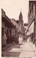 V1042 Cpa Tanger - Rue Des Siaghins Et L'Eglise Catholique - Tanger