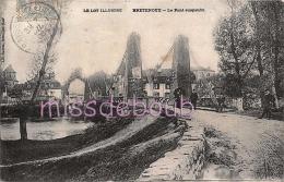 46 - BRETENOUX - Le Pont Suspendu - Promeneurs - 1906 - 2 Scans - Bretenoux