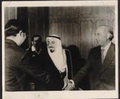 Zulfikar Ali Bhutto, Primen Minister Of Pakistan And King Of Saudi Arabia, Big Photograph, Old 1976 - Reproductions