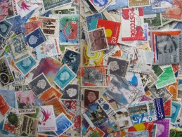 Netherlands Colossal Mixture (duplicates, Mixed Condition)2000 15% Comemoratives,15% Christmas, 70% Definitives - Timbres