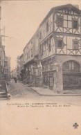 Cp , 63 , CLERMONT-FERRAND , Maison De L'Apothicaire (Mon. Hist. XVe S.) - Clermont Ferrand