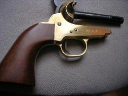 """Replique Colt 1851 Cal 44 ENTIEREMENT NEUVE """"sans Canon Ni Barillet"""" - Armes Neutralisées"""