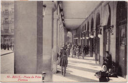 Reus Plaza De Prim Catalunya  Cataluña : España Vintage Postcard  1924 - Spain