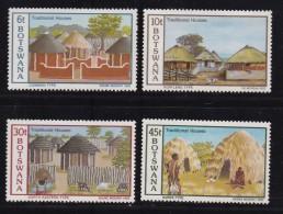 BOTSWANA, 1982, Mint Hinged Stamps , Traditional Houses, 295-298 , #809 - Botswana (1966-...)
