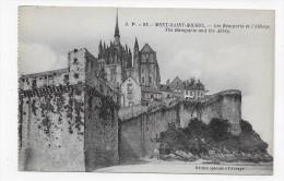 LE MONT ST MICHEL - N° 95 - LES REMPARTS ET L' ABBAYE - CPA  NON VOYAGEE - Le Mont Saint Michel