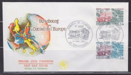 = Conseil De L'Europe 1982 Enveloppe 1er Jour Strasbourg 13.11.82 N°S73 Et S74 Le Bâtiment - Lettres & Documents