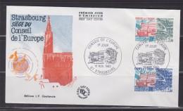 = Conseil De L'Europe 1983 Enveloppe 1er Jour Strasbourg 19.11.83 N°S77 Et S78 Le Bâtiment - Lettres & Documents