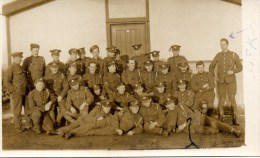 REAL PHOTOGRAPHIC POSTCARD -BRITISH MILITARY  - ON BACK WRITTEN CATTERICK 1918 RFA - Guerra 1914-18