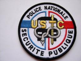 INSIGNE TISSUS PATCH POLICE NATIONALE SECURITE PUBLIQUE USTC TRES BON ETAT - Police & Gendarmerie