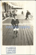 31211 ARGENTINA MAR DEL PLATA RAMBLA DE MADERA & COSTUMES BOY POSTAL POSTCARD - Argentina